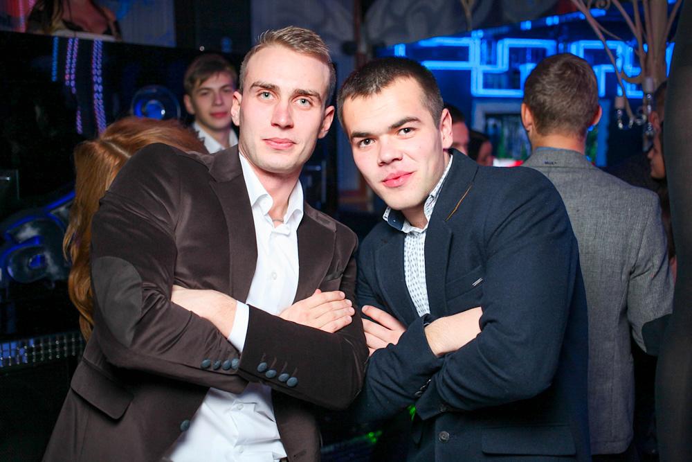 Night Kisses в Karusel club
